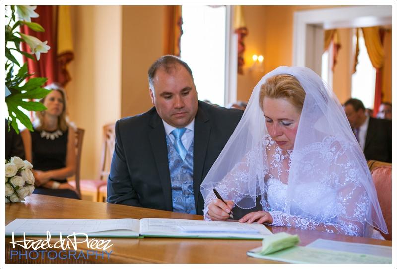 kevin and tatiana merton registry office wedding
